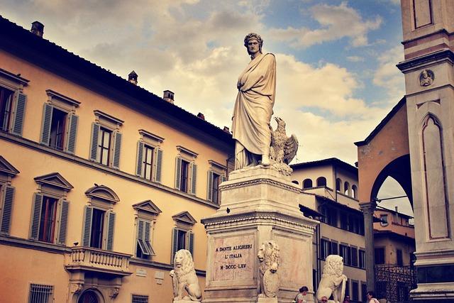 Dante Statue, Dante Alighieri, Italy, Verona, Sculpture
