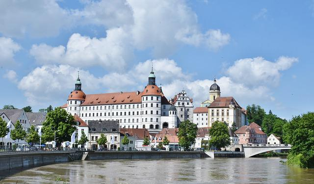 Castle, Neuburg On The Danube, Bavaria, City, Danube