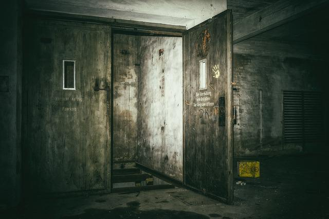 Lost Places, Keller, Elevator, Underground, Dark