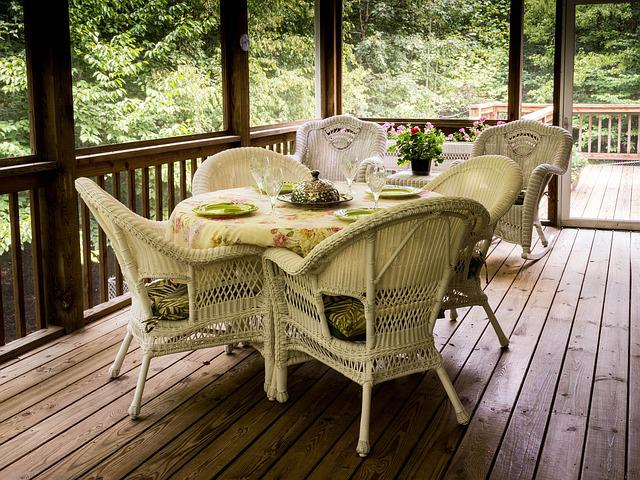 Screened Porch, Back Porch, Deck, Wicker Chairs