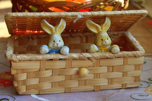 Bunnies, Basket, Decoration, Ornament, Traditional