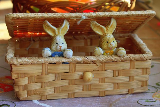 Bunnies, Basket, Decoration, Ornament, Traditional