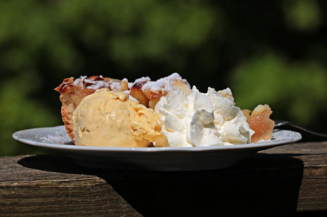 Apple Pie, Cream, Vanilla Ice Cream, Delicious, Sweet