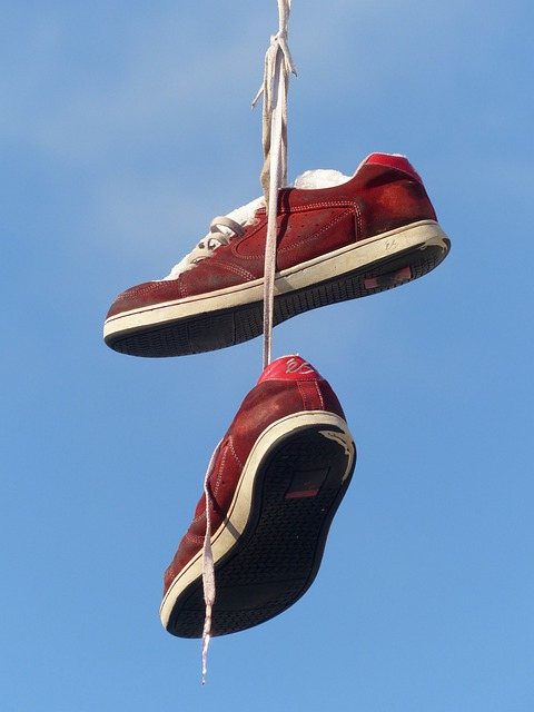 Shoes, Depend, Leash, Sky, Beautiful, Art, Red