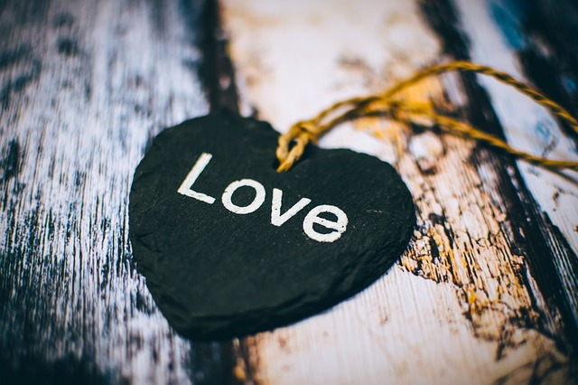 Close-up, Depth Of Field, Heart, Rustic, Text, Wooden