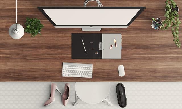 Desk, Modern, Feminine, Screen, Shoes, Brown Desk