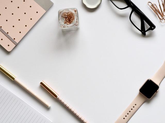Paper, Desktop, Stationary, Pen, Pencil, Scissors
