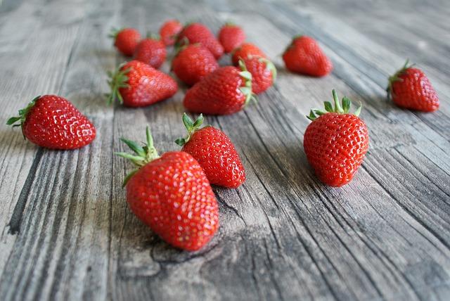 Strawberry, Dessert, Fruit, Food, Berry, Berries, Eat
