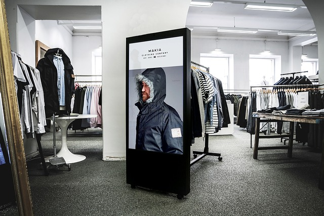 Digital Signage, Advertising, Out-of-home, Display