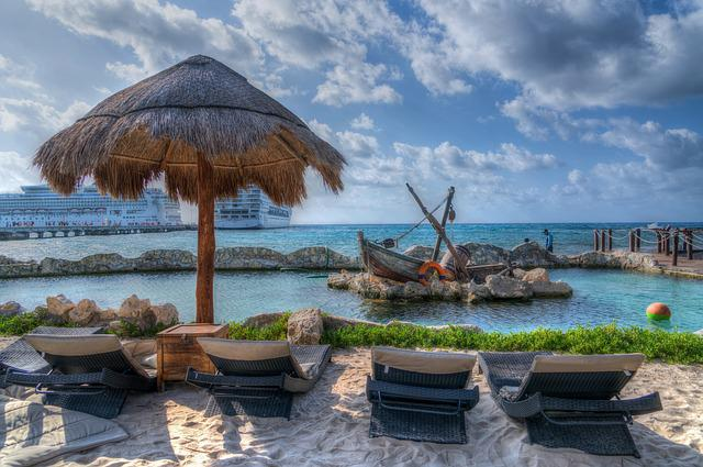 Costa Maya, Beach, Hut, Lounge Chairs, Boat, Display