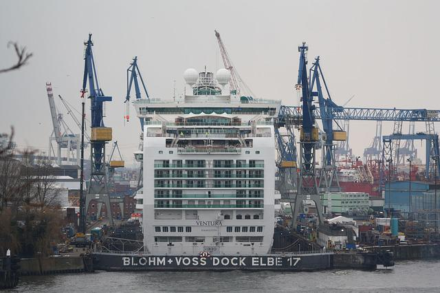 Same 17, Cruise Ship, Dock, Blohm And Voss, Ventura