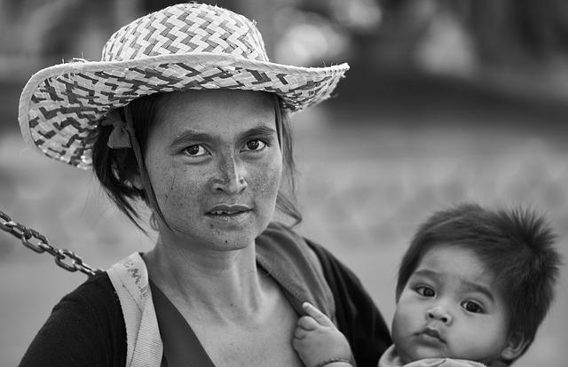 Mom, Hat, Woman, Documentary, Child, Black And White