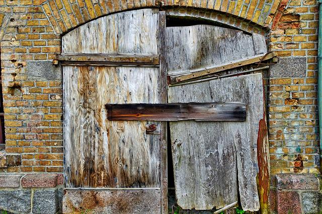 Door, Ruin, Barn, Entrance, Abandoned, Brick, Broken
