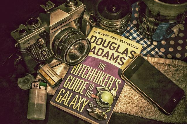 Douglas, Adams, Hitchhikers, Guide, Galaxy, Analog