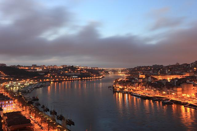 Portugal, Porto, River, Douro, Evening