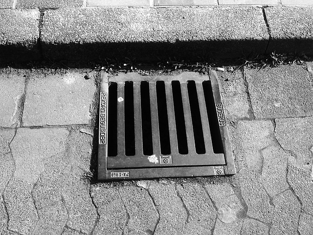 Gullideckel, Manhole Cover, Lid, Gulli, Drain, Road