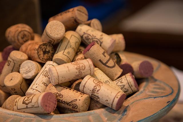 Wine, Cork, Bottle, Drink, Beverage, Red, Wine Bottle