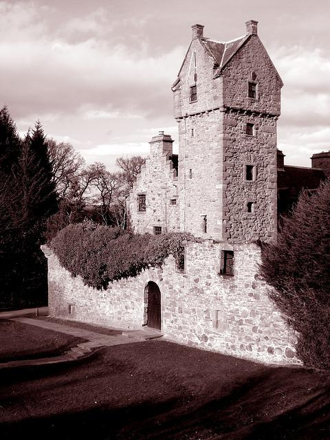 Castle, Mains, Dundee