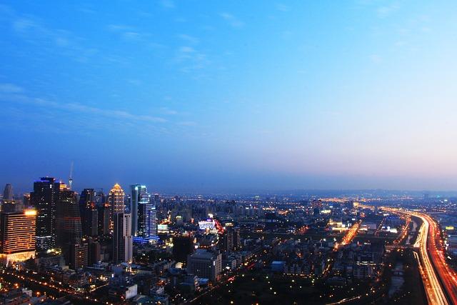 Metropolitan, Taichung City, Dusk