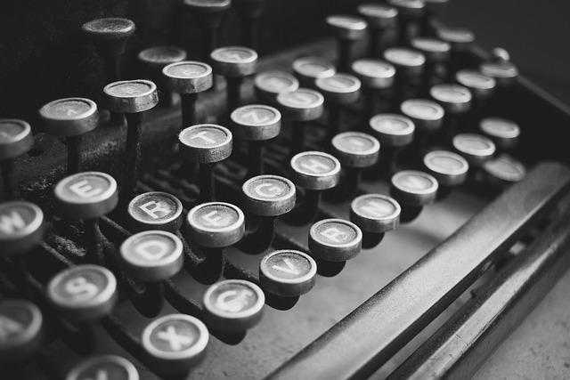 Black And White, Black, Classic, Dust, Dusty, Keyboard
