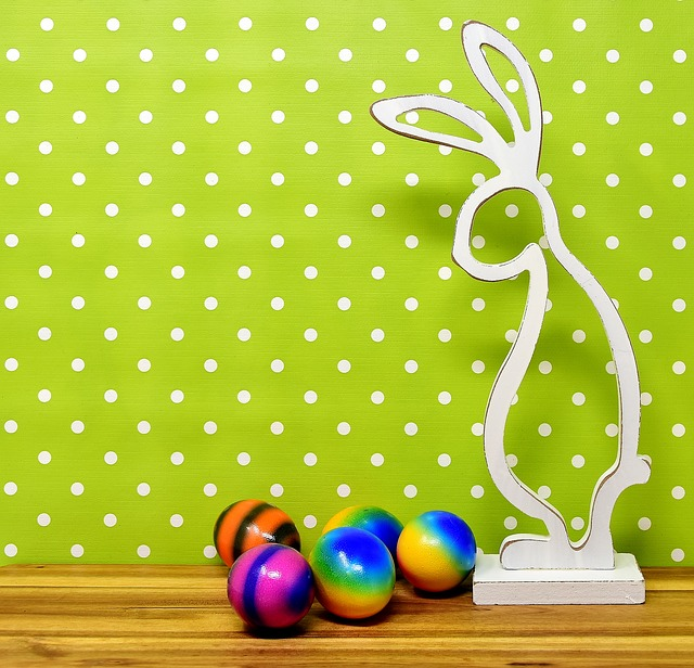 Easter Bunny, Wood, Easter, Easter Eggs, Colored