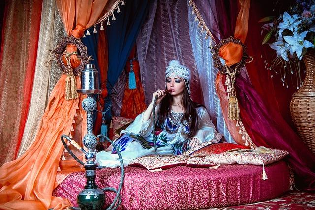 Girl And Hookah, Eastern Girl, Harem, Barn, Princess