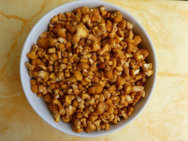 Chanterelles, Mushrooms, Eierschwammerl, Eat, Yellow