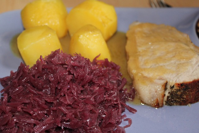 Red Cabbage, Roast Pork, Eat, Potatoes, Meat, Fry