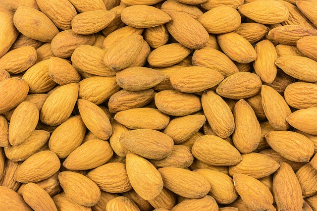 Almonds, Nuts, Texture, Eating, Nutritionist, Seeds