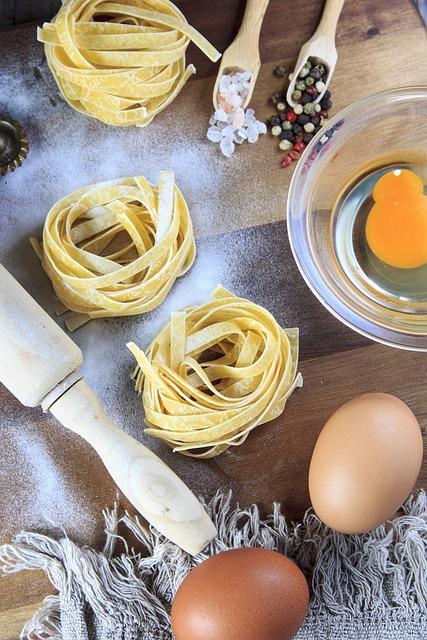 Egg, Pasta, Wood, Game, Flour, Salt, Pepper, Food
