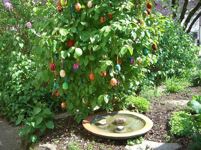 Easter Bush, Egg, Colorful, Easter Eggs, Easter, Green