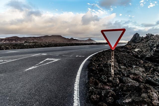 Road, Yield, Junction, Confluence, Lanzarote, El Golfo