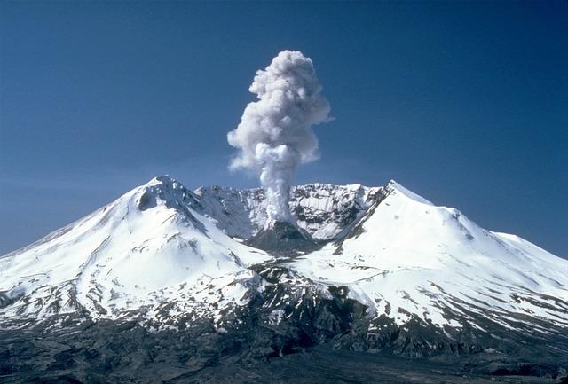 Mount St Helens, Volcanic Eruption, Eruption, Outbreak