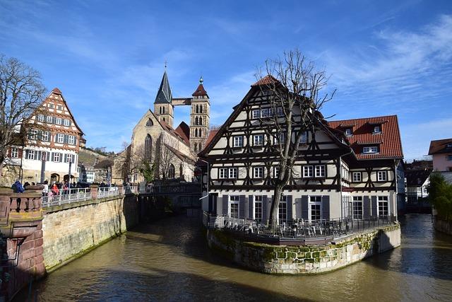 Esslingen, Truss, Historic Center, Architecture, Water
