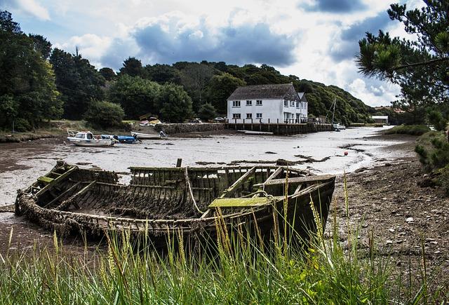Cornwall, Gweek, Estuary, River, Boats, Cornish