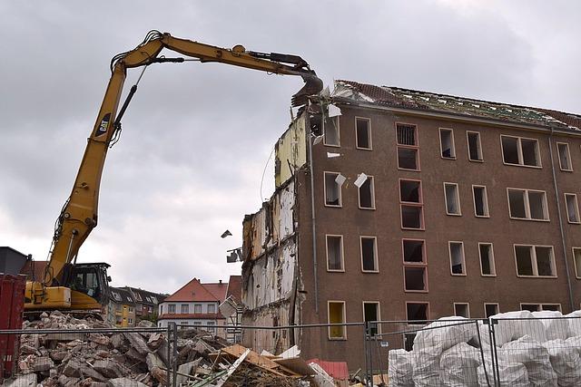 Crash, Excavators, Building Rubble, Demolition