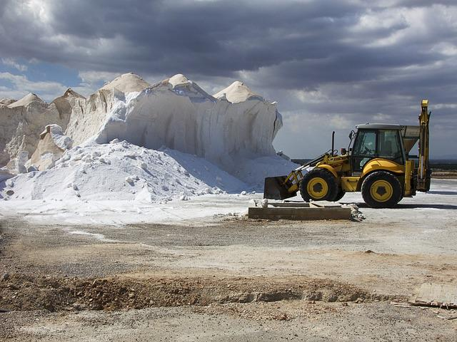 Saline, Tractor, Salt, Mountain, Nature, Excavators