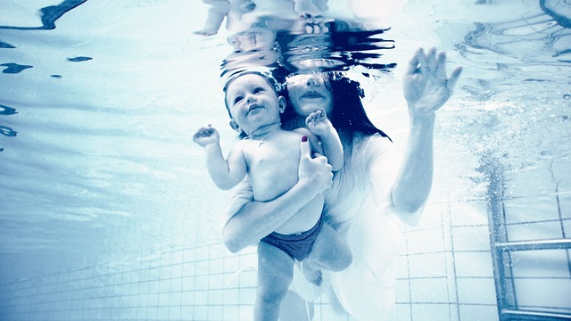 Underwater, Baby, Mom, Pregnancy, Expectant Mother