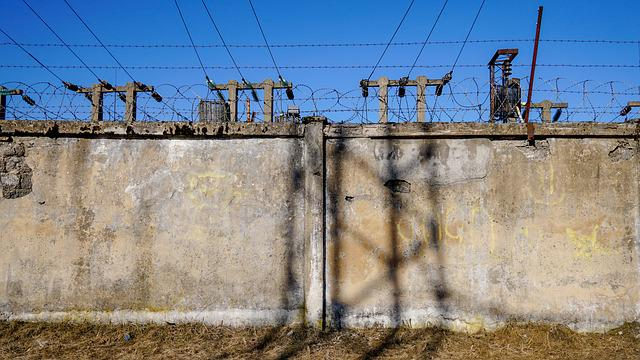 Industry, Wire, Expression, Sky, Danger, Concrete, Old