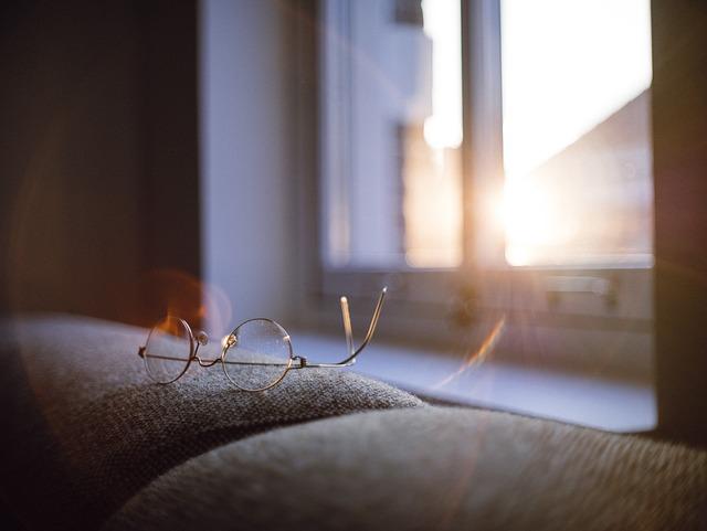 Eyeglasses, Reading Glasses, Sun Glare, Window
