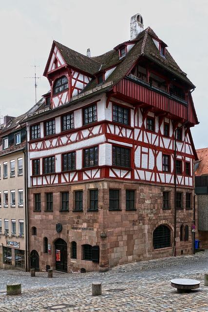 Fachwerkhaus, Historically, Dürer House, Old Town