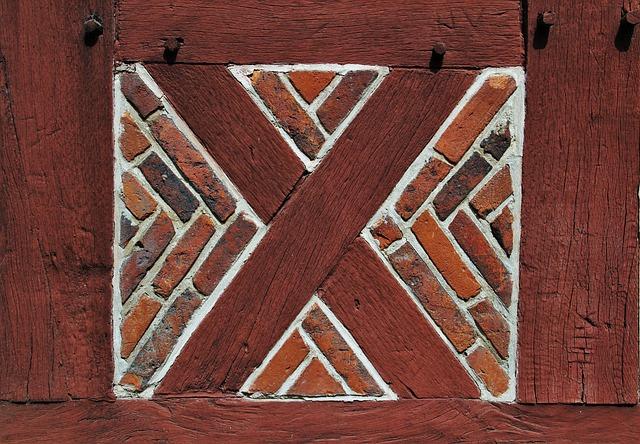 Truss, Partial View, Fachwerkhaus, Wood And Bricks