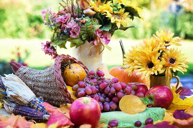 Cornucopia, Thanksgiving, Autumn, Fall, Fruit, Grapes