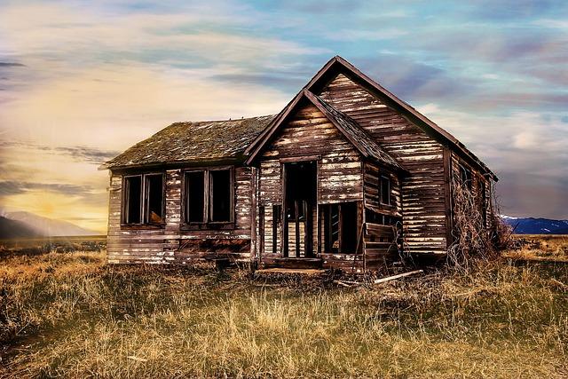 Farmhouse, Farmstead, Abandoned, Old, Homestead, Field