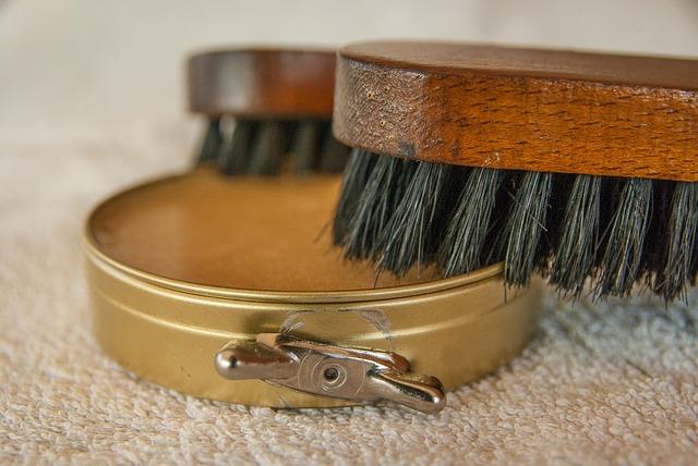 Waxing, Brushes, Fat, Maintenance