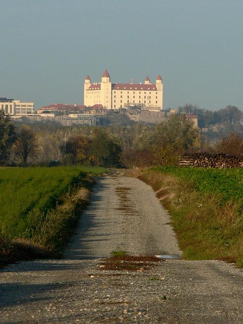 Slovakia, Castle, Bratislava, Feelings, City, Path