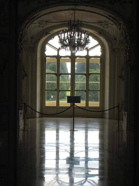 Fertőd, Esterhazy Castle, Lights, Mirror Image