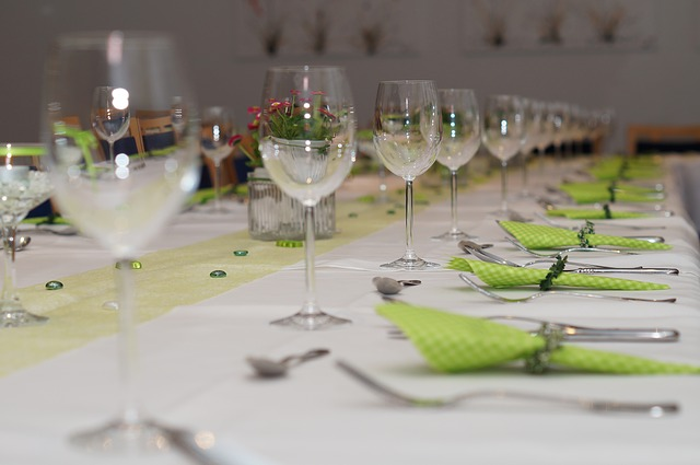 Festival Table Banquet Table Board Gedeckter Table & Free photo Banquet Table Guest Room Tablecloth Table Settings - Max ...