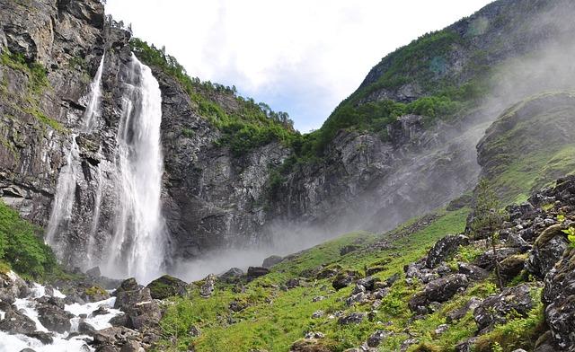 Waterfall, Norway, Fig Fossen, Feigumfossen, Nature