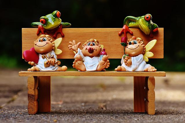 Angel, Figures, Frogs, Curious, Bank, Bench, Cute